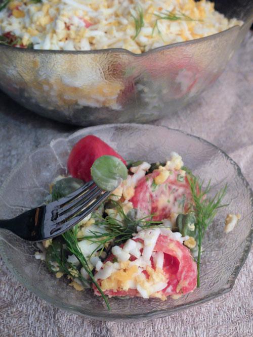 bób, pomidory, koperek, jajka