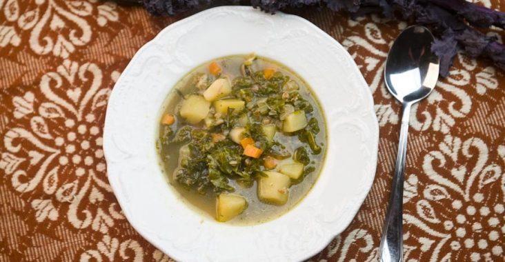 jarmuż, kasza gryczana, jednogarnkowe, zupa,